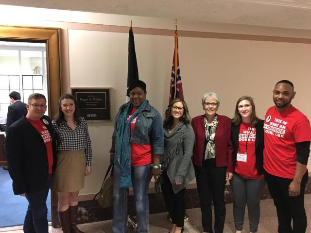 Hill visit Mississippi Senator Wicker.jpg